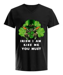 Irish i am kiss me you must Baby Yoda Shamrock V-neck