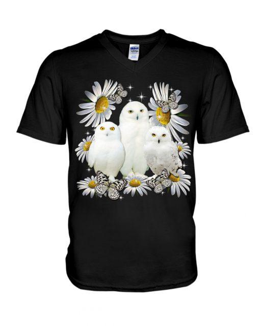 Owls and daisy flowers v-neck
