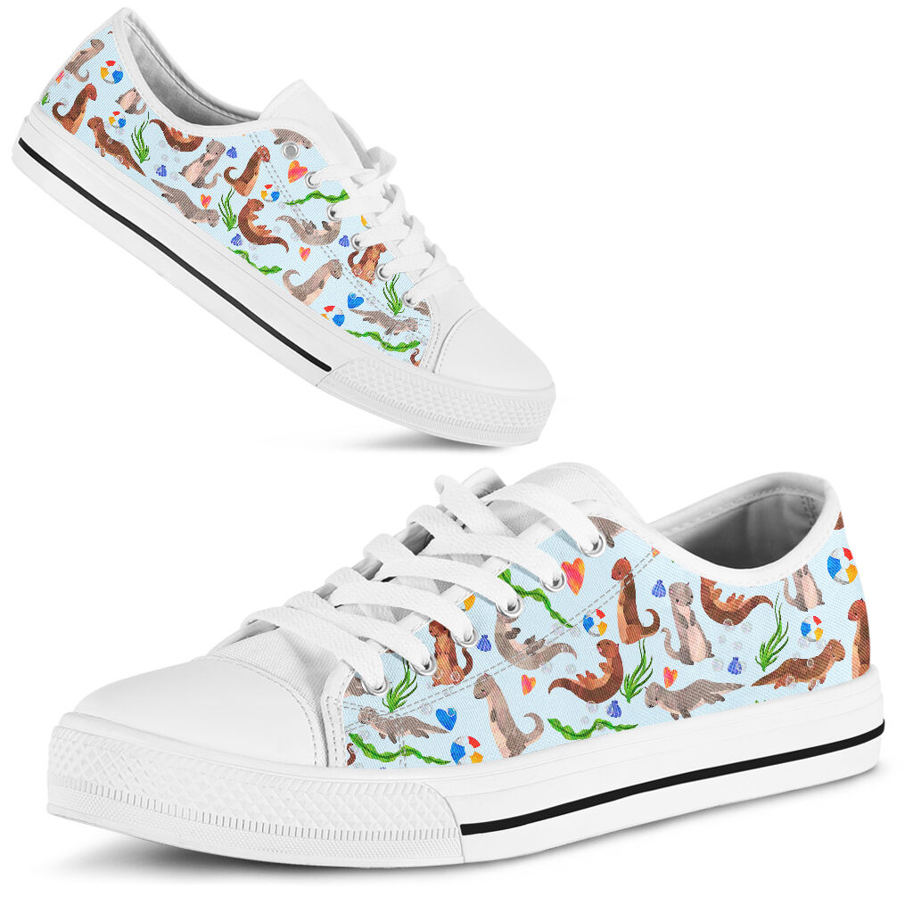 Otter illustration pattern low top shoes 1