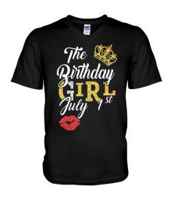 The birthday girl July 1st Glitter Queen V-neck