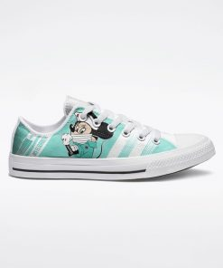 Strong Nurse Mickey Mouse We can do it low top shoes 1