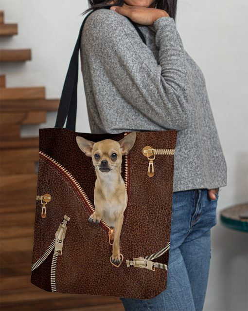Chihuahua as leather zipper tote bag 1