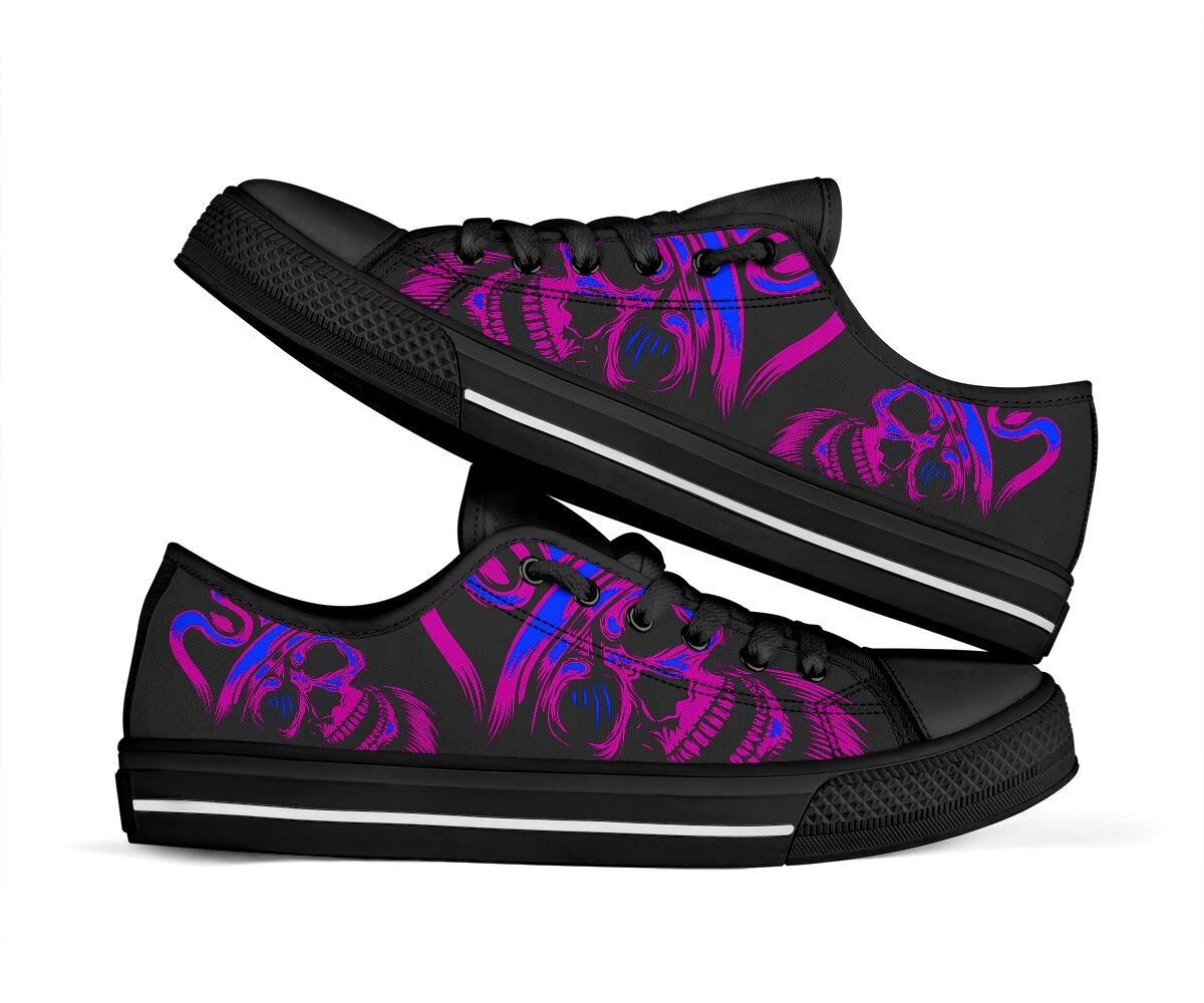 Skull low top shoes 1