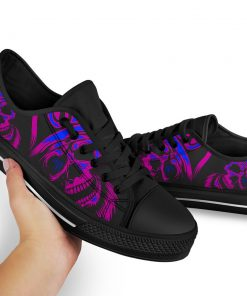 Skull low top shoes 2