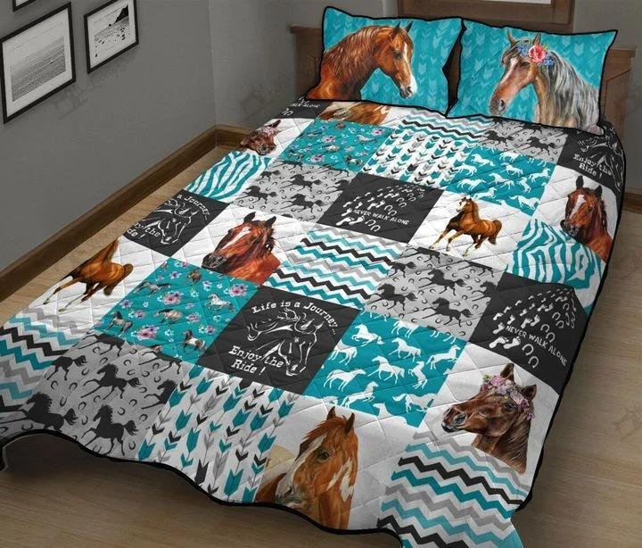 Horse bedding set1