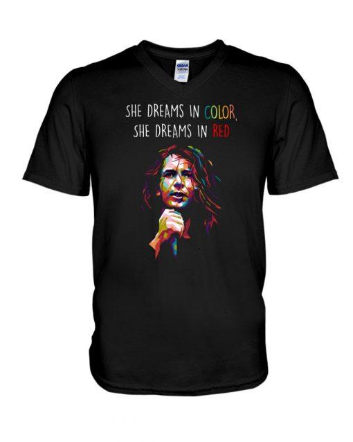 She dreams in color She dreams in red V-neck