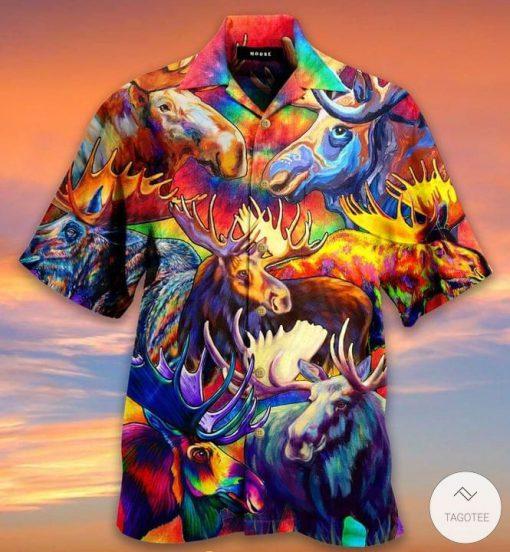 Corlorful Mooses Hawaiian Shirtz