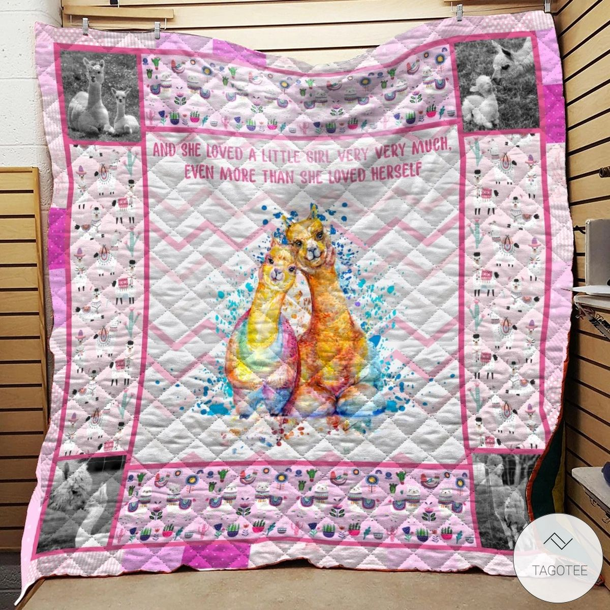 Alpaca Mama And She Loved A Little Girl Very Very Much Quilt