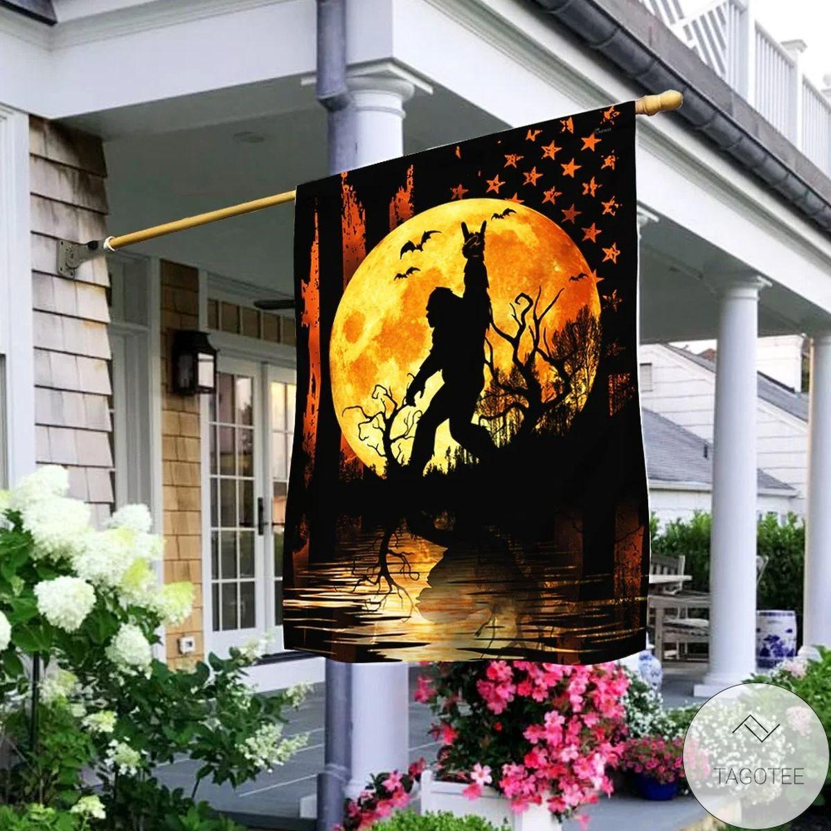 Bigfoot Halloween House Flag