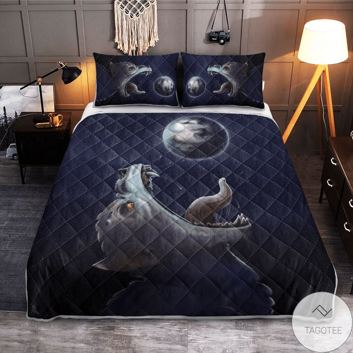 Best Shop Fenrir-wolf Trying To Swallow The Moon - Viking Quilt Bedding Set