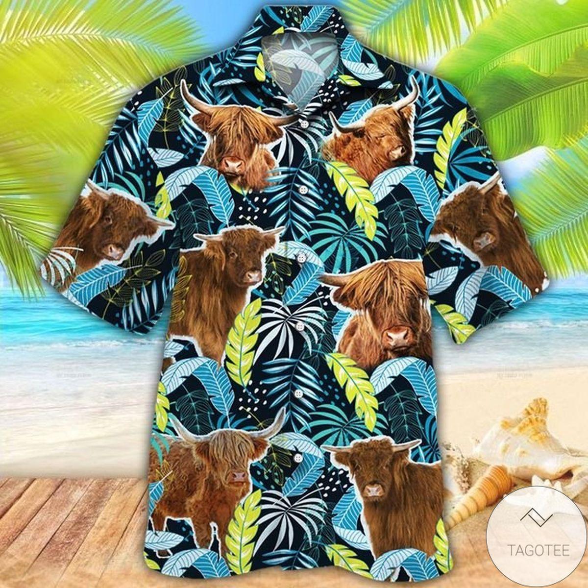 Highland Cattle Lovers Jungle Leaves Hawaiian Shirt