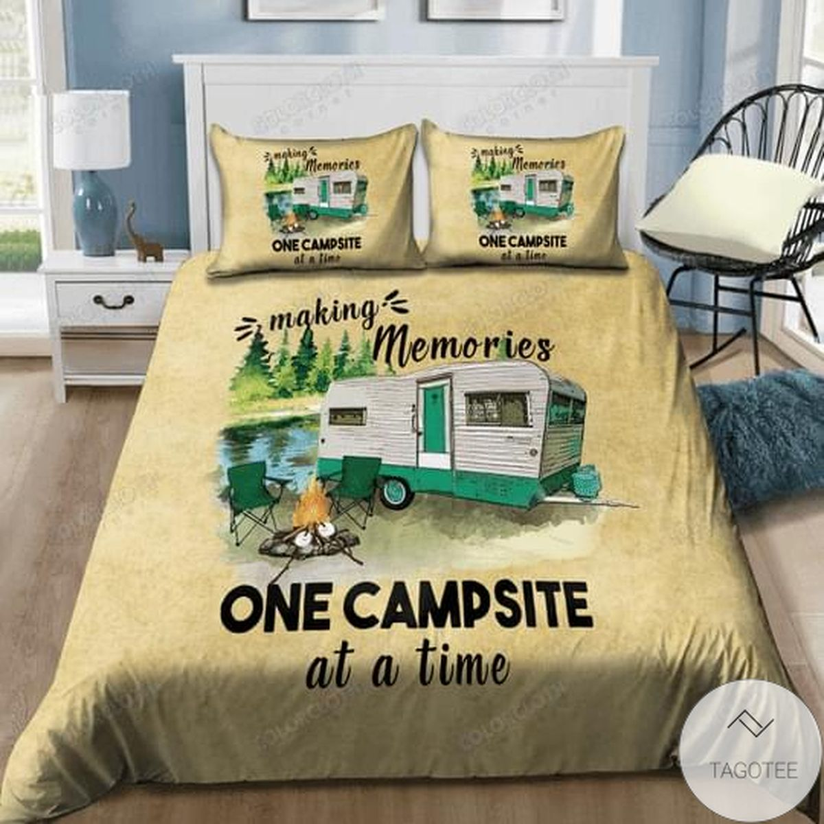 Making Memories One Campsite At A Time Bedding Set