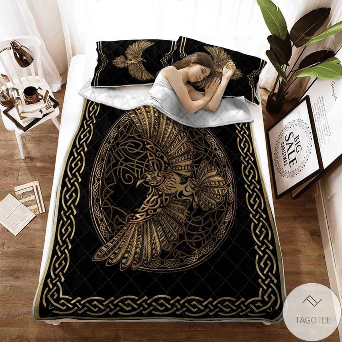 Odin's Celtic Raven On The Background Yggdrasil Tree Viking Quilt Bedding Set x