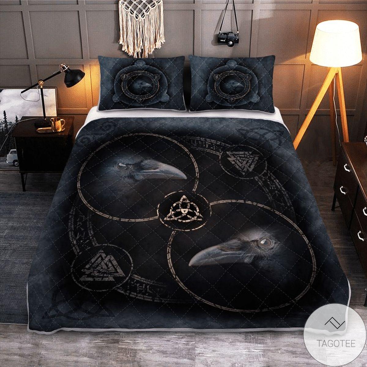 Amazing Raven And Runic Symbols Viking Quilt Bedding Set