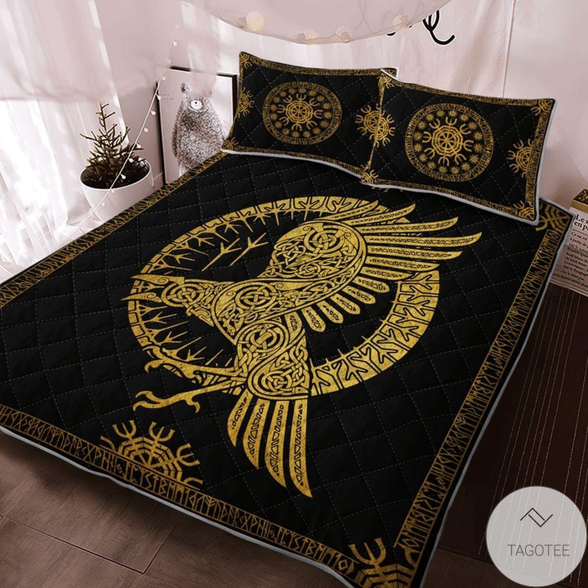 Present Ravens In Celtic Mythology And Runic Viking Quilt Bedding Set