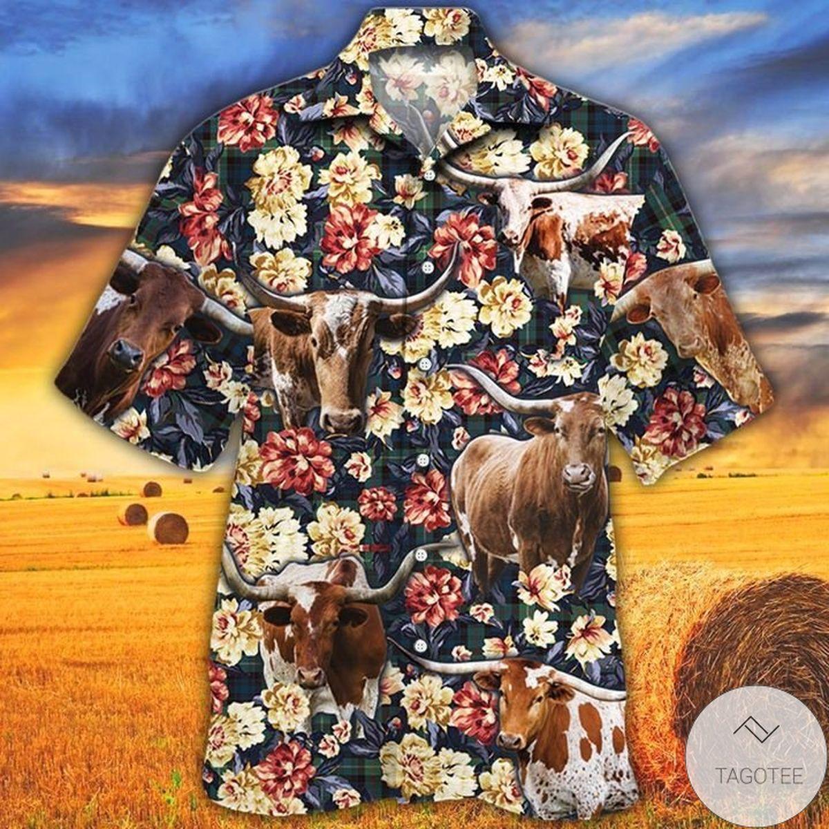 TX Longhorn Cattle Lovers Green Plaid Pattern Hawaiian Shirt