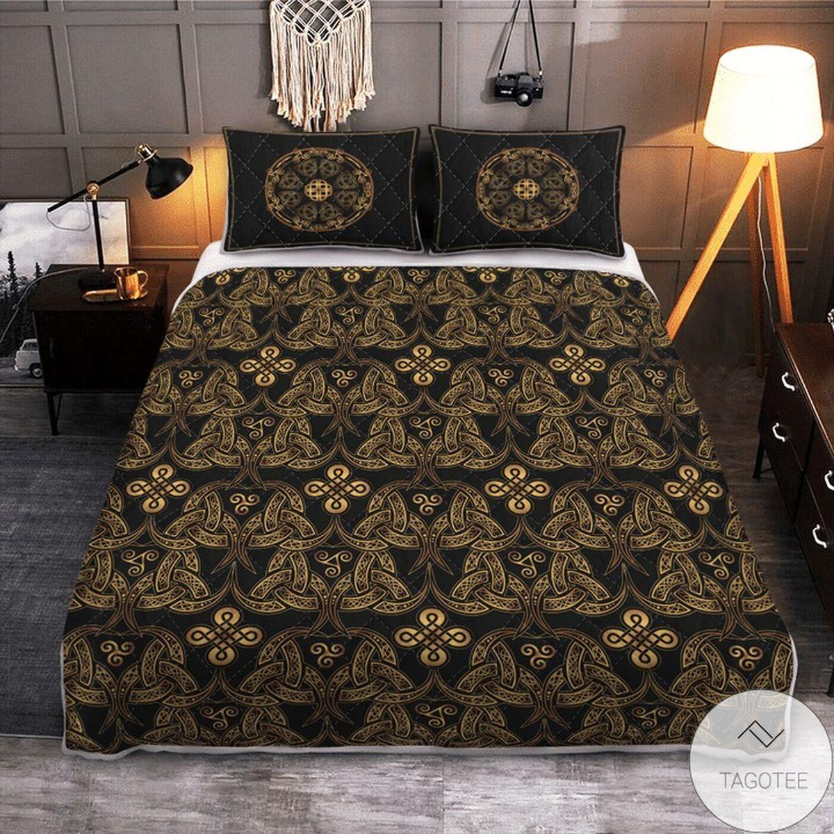 Triple Horn Of Odin Viking Quilt Bedding Set