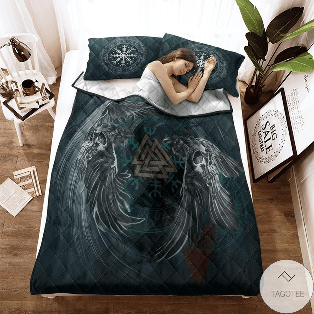 Hot Deal Viking Raven & Valknut Quilt Bedding Set