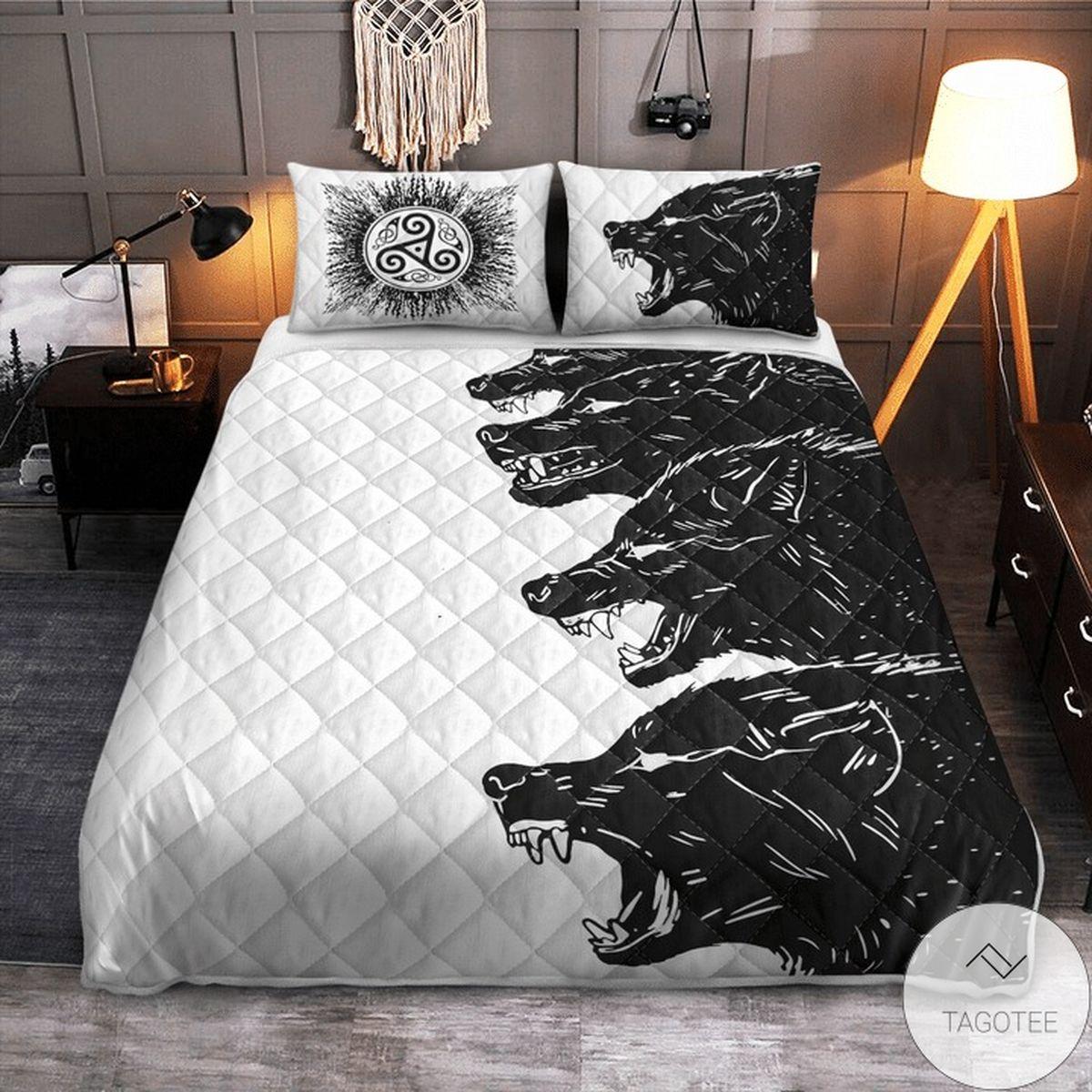 Adult Wolves Black And White Quilt Bedding Set