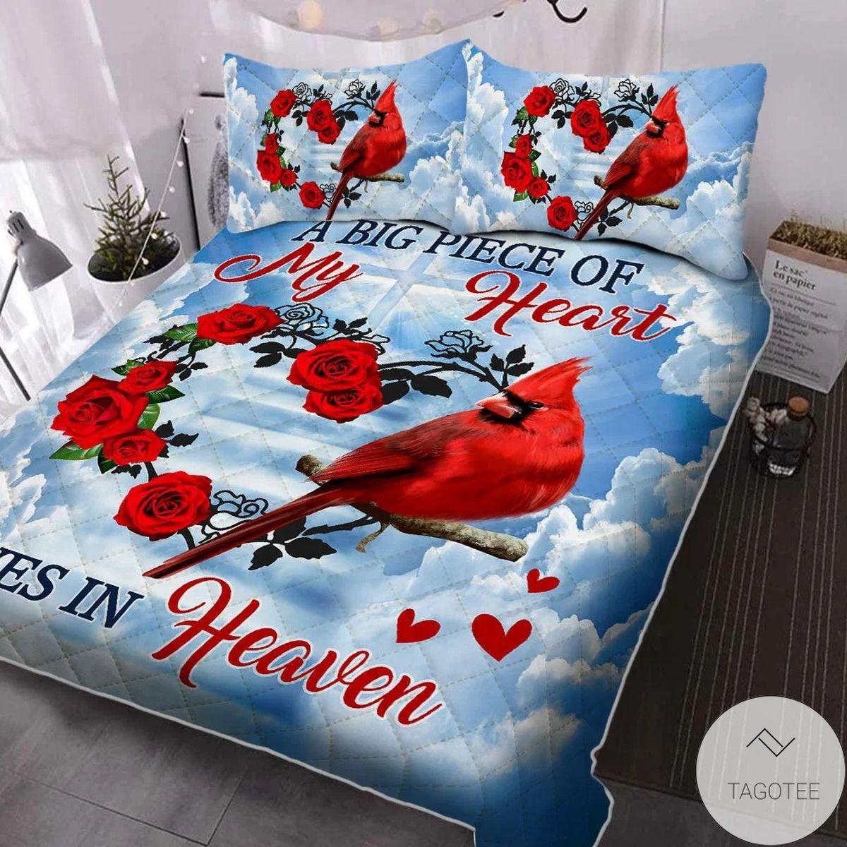 Beautiful A Big Piece Of My Heart Lives In Heaven Cardinal Quilt Bedding Set