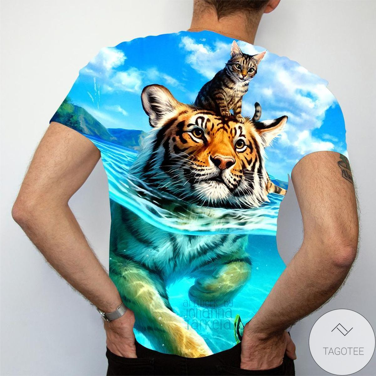 Perfect Cat & Tiger Swimming 3d Graphic Printed Short Sleeve Shirt