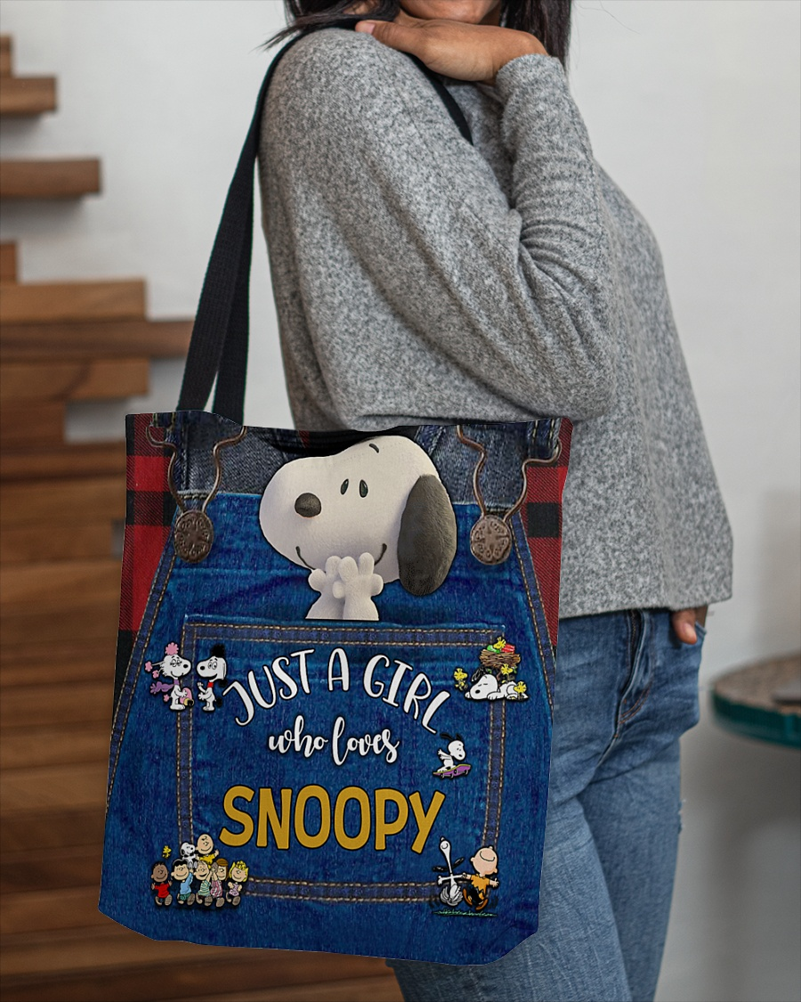 Just a girl who loves Snoopy tote bag 1