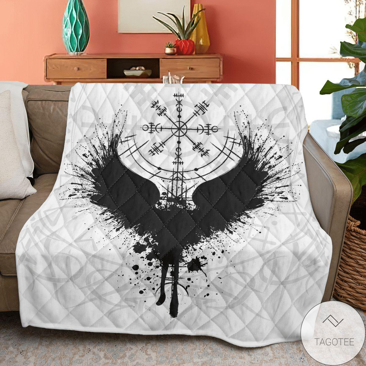 Vegvisir And Raven Viking Quilt